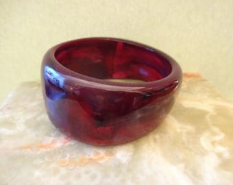 Vintage Lucite Bangle, Purple Lucite Bangle, Marbled Lucite Bangle