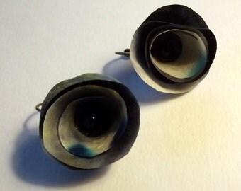 Black studs earrings