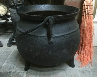 Antique Large Cast Iron Cauldron Pot Bellied Three Footed Ultimate Halloween Decor Witches Magic Sorcery Witchcraft