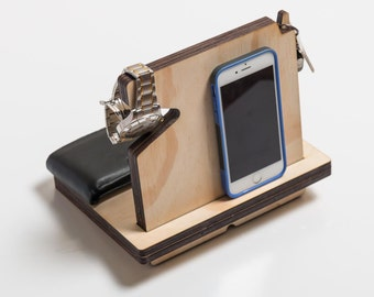 The Man Stand - Man Organiser - iPhone Dock - Wallet & Pen Holder - Fathers Day Gift