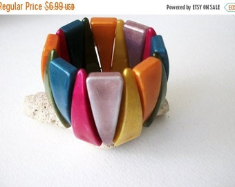 ON SALE Vintage Chunky Wide Colorful Pearly Sheen Plastic Bracelet 70716