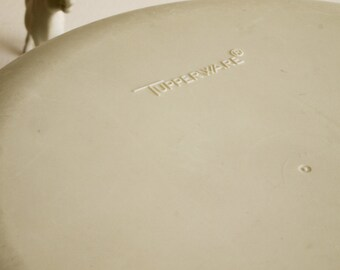 Vintage tupperware container