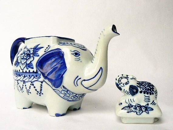 Elephant shape tea pot handpainted cobalt blue white - Elephant shaped teapot ...