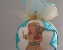Victorian Christmas Quilted Ornament