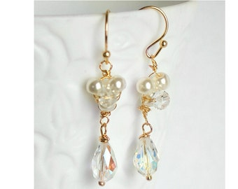 Long earrings with Swarovski Crystal and ivory glass pearls
