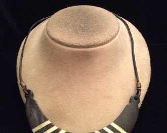 Vintage Chunky Black & White Pendant Necklace