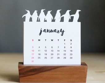 2017 Minimalist Paper Cut Desk Calendar with Solid Wood Stand \ Penguins