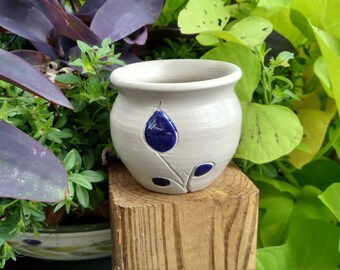 Williamsburg Salt Glazed Small Pottery Pot/Reproduction/Colonial Williamsburg Virginia
