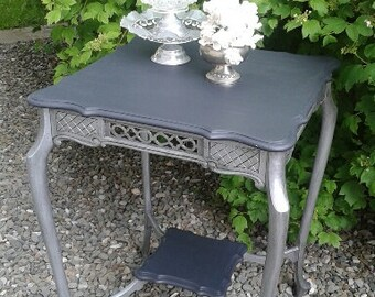 Mahogany fretwork table with french curved style legs