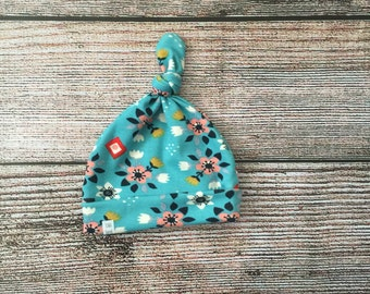 Baby Knot Top Beanie/ Organic Birch Knit Fabric/ Blue Floral Print Fabric