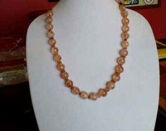 1g-0003: Pumpkin Leaves Necklace