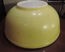 Vintage Pyrex Large Nesting Mixing Bowl Yellow #404, Milk Glass 50's Kitchen 4 quart bowl