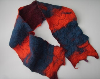 Felted scarf with free motion machine embroidery