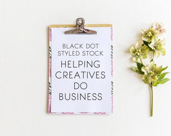 White/green flowers + clipboard styled stock photo - small business, stationery shop, product or brand mockup, lifestyle, header, clipboard