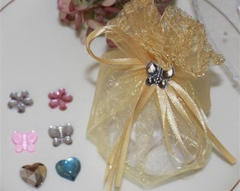 5 Jordan Almonds Favor in Tulle Pouch with Crystal Charms Item Number T1302