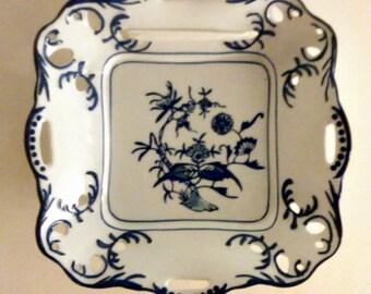 Lillian vernon decorative wall plate