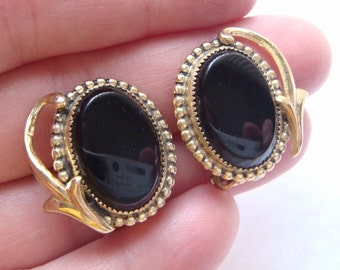 Whiting & Davis Co. Black Cabochon and Gold Tone Clip On Earrings