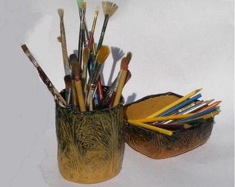 Ceramic planter and tray