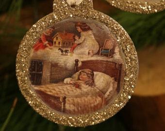 Vintage set of 2 ornaments