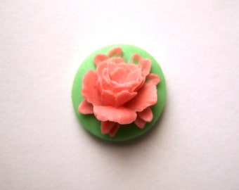 Mini Rose Green Pink Needle Minder
