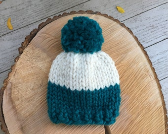 Custom Newborn Chunky Knit Hat, Newborn Knit Beanie, Knitted Pom Pom Hat, Baby Knit Hat, Newborn Photo Prop || Newborn Pom Pom Beanie