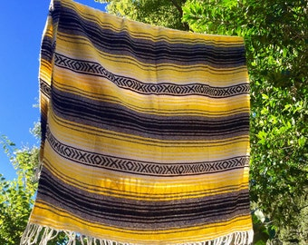 Vintage Mexican throw blankets serape saltillo