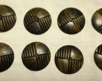Vintage buttons - set of 8 -