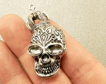 Skull Charm. 1 pcs Antique Silver Day of the Dead Skull Charms 50x22mm. Skull with Crown Pendant. Day of the Dead Jewelry. - (1 - 0025H)