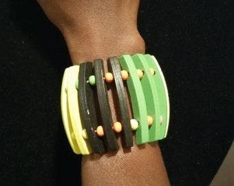 Handmade wooden linked bracelet
