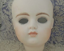Vintage Vernon Seeley Porcelain Doll Head / Bisque Doll Head / Girl Doll Head / Vernon Seeley Doll Head / Mold 1982 / Hand Painted Doll Head
