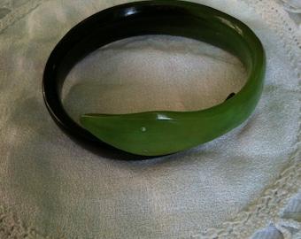 snake bracelet /natural zebu's horn bracelet/green snake horn bracelet