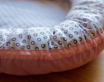 Baby nest Paisley pink
