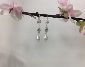 Bridal Sterling Silver Pearl Earrings, bridesmaid drop Earrings, Pearl Bridal Earrings, Bridal jewelry, Wedding Jewelry, Bridesmaid gifts
