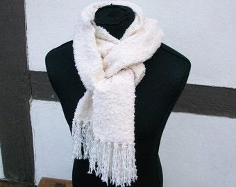 handgewebter cuddly soft white scarf, structure effect, wool cashmere, texture, unique piece