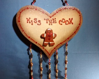 Heart Gingerbread Man Kiss The Cook Sign Decorative Hanging Kitchen Decor Wall Decor