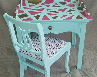 Geometric patterned desk and chair set