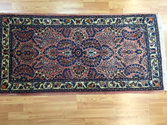 "2'1"" x 4'4"" Persian Sarouk Oriental Rug - Hand Made - 100% Wool"