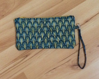 Quilted Wristlet Clutch Purse (Single Pattern): Cleo