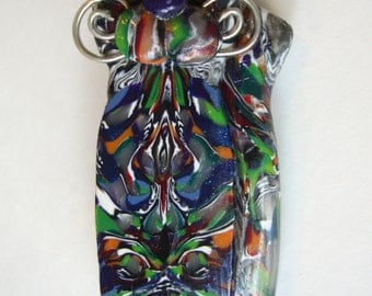 Vintage Handcrafted Unusual Plastic Marble Cat Brooch.