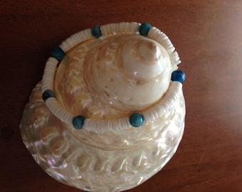Beachy Boho Shell and Turquoise Bead Bracelet