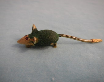 Little Mouse Vintage Brooch