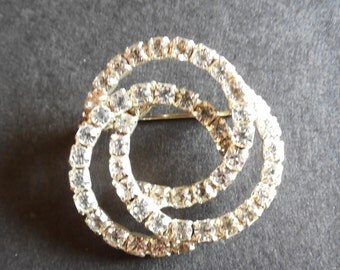 Vintage Clear Rhinestone Swirls Ladies Brooch