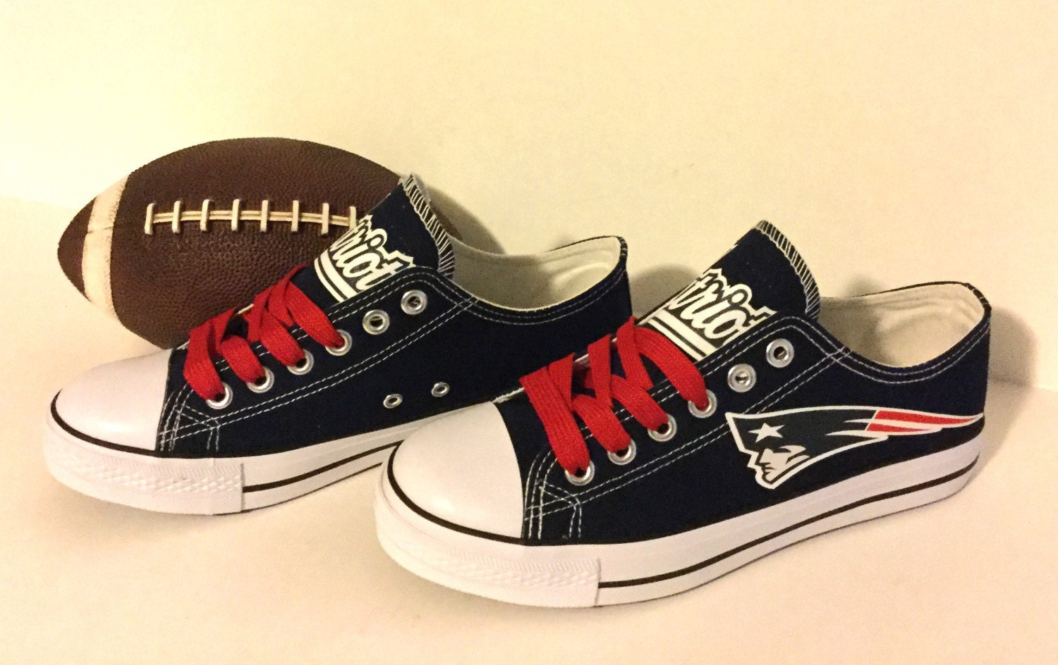 patriots sneakers 28 images kitchen dining patriots