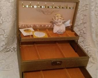 Gold jewelry box- mele expanding leather jewlery box- hollywood regency jewelry storage/vanity decor mid-century 1950s