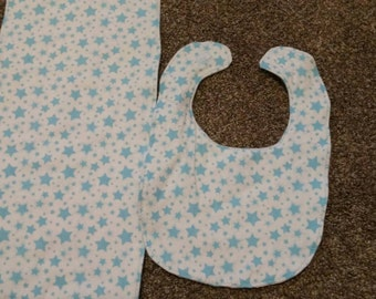 Blue stars bib and burp cloth set.