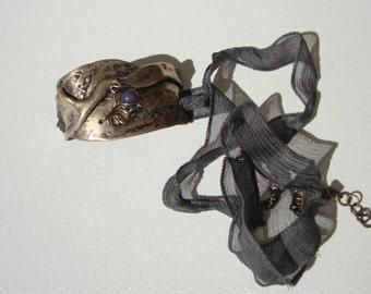 Bracelet chic bohemian bronze, silk, soladite