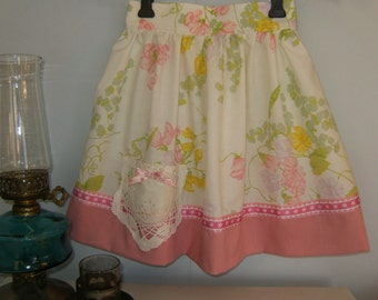 Girl's size 6 Skirt, Pink Floral Girl's Skirt, Vintage Skirt from pillowcase