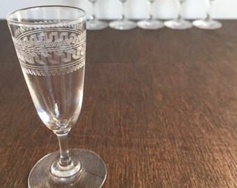 Vintage Etched Cordial Glasses - Set of 6