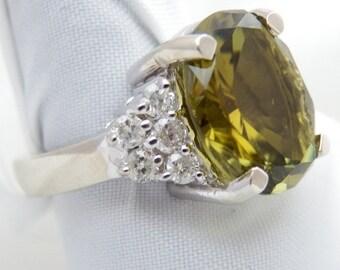 GREEN TOURMALINE Dinner  White Gold 14k RING