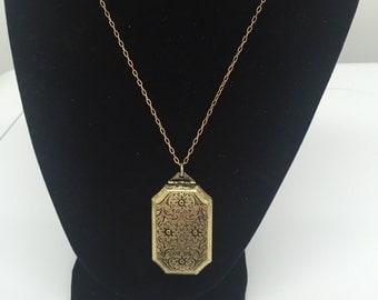 Vintage gold locket, Locket Necklace, Locket Pendant, Gold Locket Necklace, Vintage Brass Locket, Big Rectangular Locket